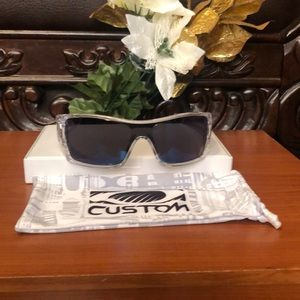 Men's Sunglasses/OAKLEY (BATWOLF)